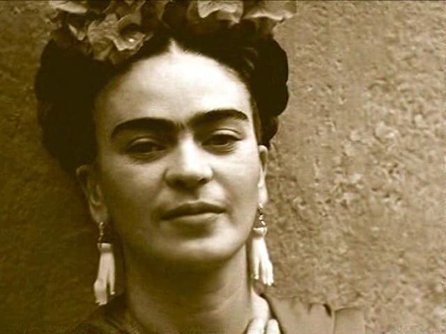 UNED - Pensamientos - Frida Kahlo