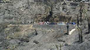 Ver vídeo  'El fuego, aun sin control, ha consumido el 20 por ciento del parque nacional de Garajonay, en la Gomera'