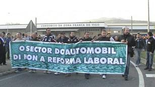 Ver vídeo  'Fuerte seguimiento de la huelga en el sector industrial'