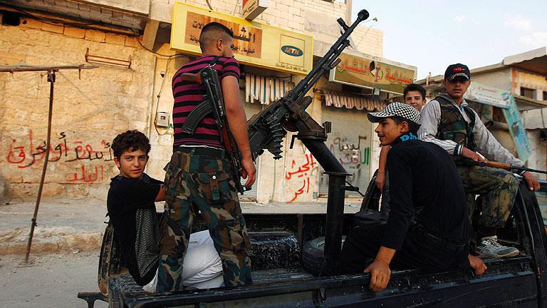 Las fuerzas del régimen sirio intensifican el asalto a Alepo