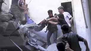 Ver vídeo  'Fuerzas del régimen sirio y rebeldes se enfrentan en el corazón de Alepo'