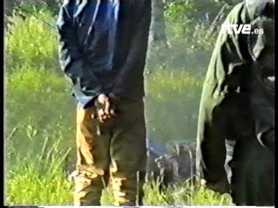 Ver vídeo  'Fusilamientos en Srebrenica (1995)'