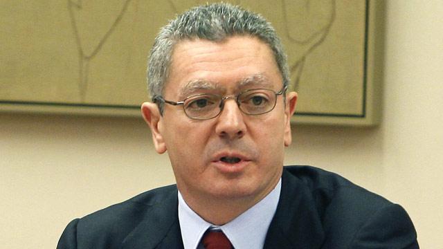 Gallardón anuncia la introducción de tasas judiciales en segunda instancia