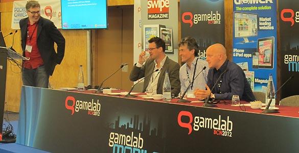 Tim Harrison (Sony), Paul Flanagan (Tequila Mobile) y Michael Shade (Fishlabs) han analizado el panorma del videojuego para móviles en la primera charla de Gamelab 2012.