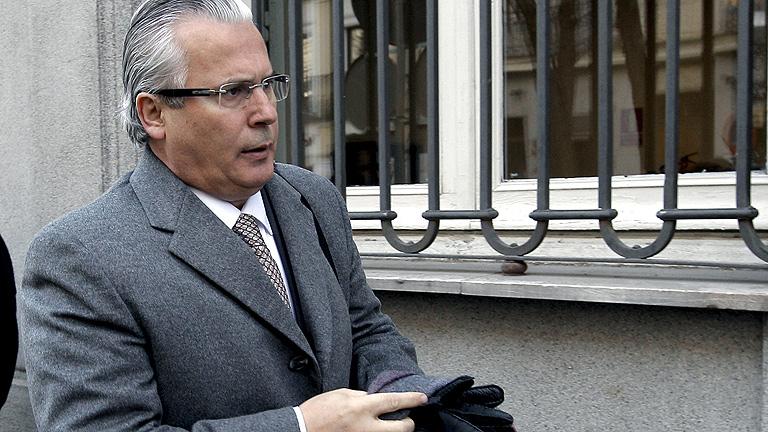 Garzón defiende que su prioridad como juez eran las víctimas de los crímenes franquistas