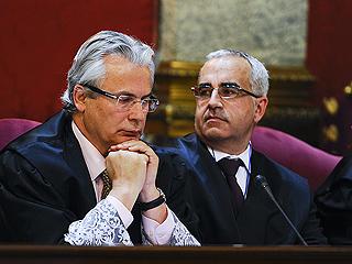 Ver vídeo  'Garzón llega al Supremo para ser juzgado por investigar los crímenes del franquismo'