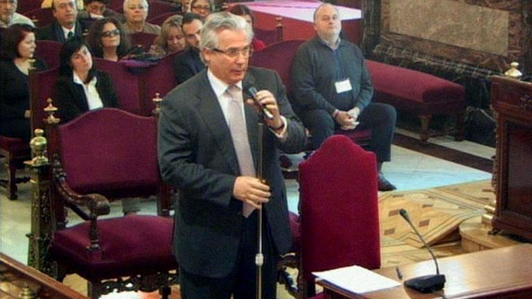 Garzón defiende la legalidad de sus actos