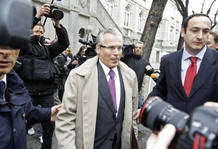 Spanish judge Garzon arrives for a hearing at Spain's Supreme Court in Madrid