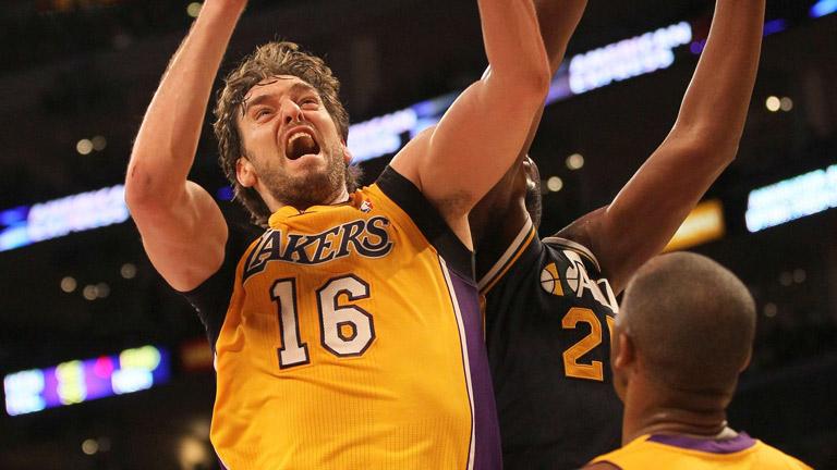 Gasol lleva a la victoria a los Lakers
