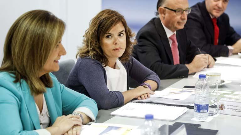 El Gobierno eleva a 450 euros la ayuda a parados con pareja y al menos dos personas a su cargo