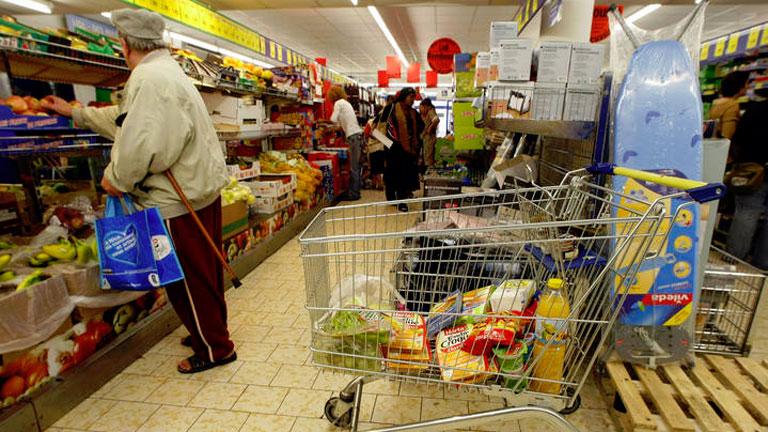 El Gobierno estudia cambiar productos con IVA reducido del 8% al normal del 18%
