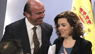 Ver vídeo  'El Gobierno obliga a provisionar a la banca 30.000 millones de euros más por el ladrillo'
