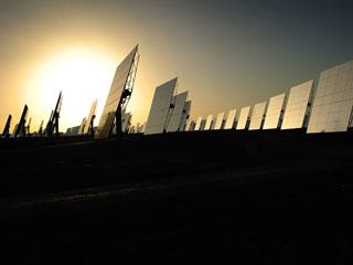 Ver vídeo  'El Gobierno recorta las primas a las energías renovables'