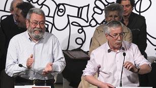 Ver vídeo  'Gobierno y sindicatos pactan los servicios mínimos para la huelga general'