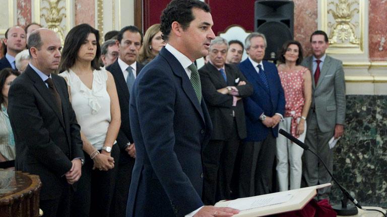 Gónzalez-Echenique jura su cargo de presidente de RTVE
