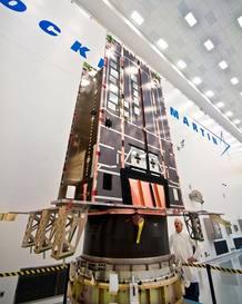 Este prototipo del nuevo satélite Block III de Lockheed Martin, que reemplazará a los del sistema GPS actual, ya está en pruebas para comprobar que sus señales e interfaces funcionan correctamente