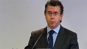 Ver vídeo 'Granados admite haber tenido una cuenta en Suiza antes de entrar en política pero no ahora'