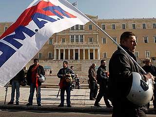 Ver vídeo  'Grecia vive su primera huelga general con Papadimos al frente del gobierno'