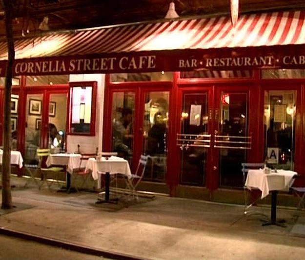 Greenwich Village es el barrio de los intelectuales donde hay muchos bares y restaurantes con música en directo - Buscamundos