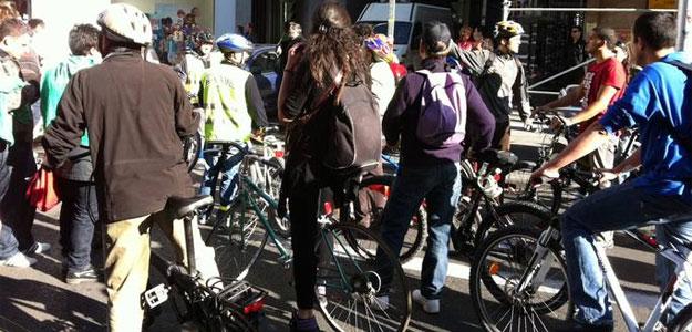 El movimiento Bici Crítica apoya la huelga general con una marcha ciclista.