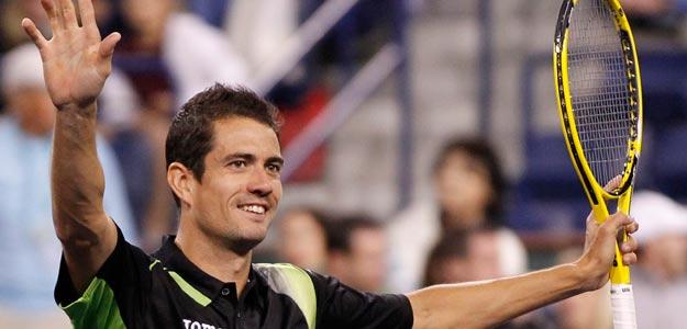 Guillermo García López celebra la victoria sobre el británico Andy Murray en Indian Wells
