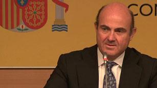 Ver vídeo  'De Guindos confirma la solicitud del rescate financiero español a la UE'