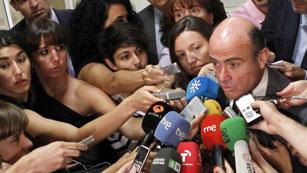Ver vídeo  'De Guindos descarta un rescate a España'
