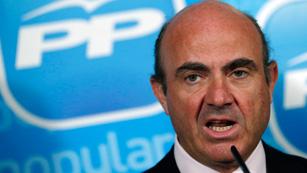 Ver vídeo  'De Guindos niega el rescate de España y solo pone a Cataluña la condición del déficit'