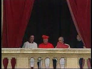 Ver vídeo  ''Habemus Papam: Benedicto XVI''