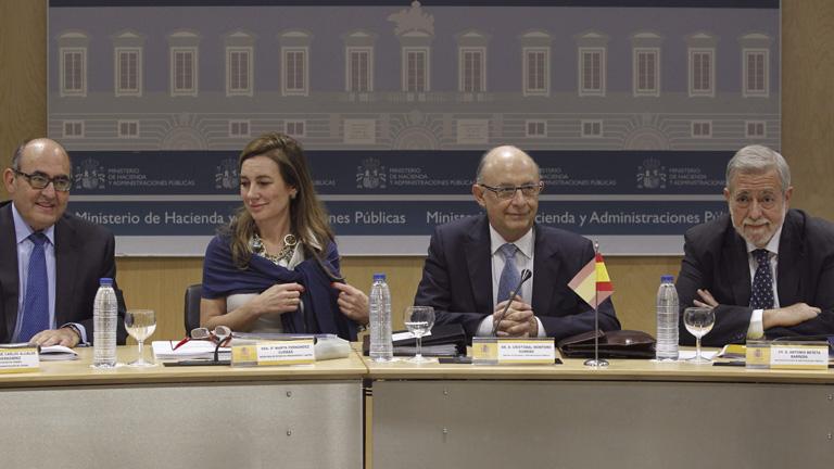 Hacienda reduce a las Comunidades al 1% los intereses del Fondo de Liquidez Autonómica