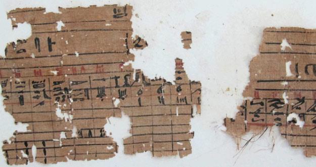 HALLAN EN EGIPTO PUERTO HISTÓRICO CON LOS PAPIROS MÁS ANTIGUOS DESCUBIERTOS