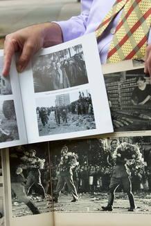 HALLAN FOTOS INÉDITAS DE CENTELLES DONDE APARECE CAPA TRAS AZAÑA Y NEGRÍN