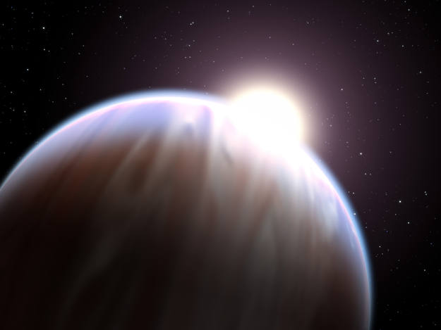 El exoplaneta denominado HD189733b. Las observaciones fueron realizadas con el Telescopio &Oacute;ptico N&oacute;rdico en el ultravioleta, en el azul, y en el verde, e indican que el planeta en cuesti&oacute;n es m&aacute;s brillante en el azul