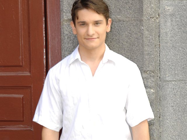 Amar - H&eacute;ctor Tom&aacute;s es Miguel Mu&ntilde;oz