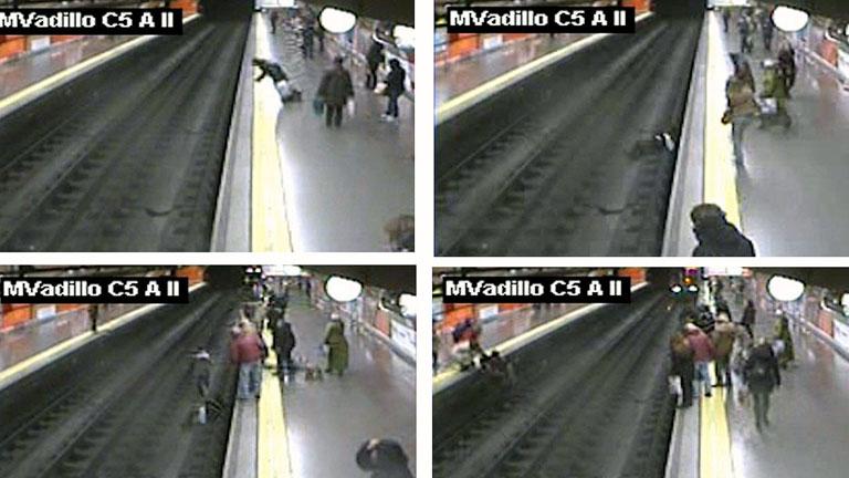 Un policía salva a una mujer tras caer a las vías en el metro de Madrid