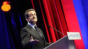 Ver vídeo  'Hollande gana a Sarkozy y ambos pasan a la segunda vuelta'