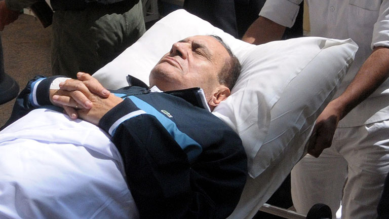 Hosni Mubarak, cl&iacute;nicamente muerto tras sufrir una parada cardiaca