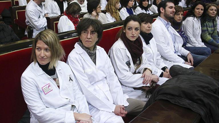Médicos en huelga irrumpen en las jornadas de puertas abiertas del Senado