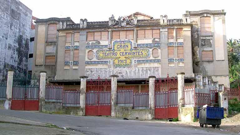 La colonia española en Tánger se reduce a 200 personas