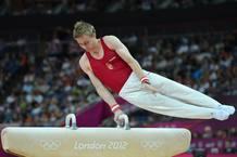 El húngaro Krisztian Berki compite para acabar llevándose el oro en caballo con arcos.