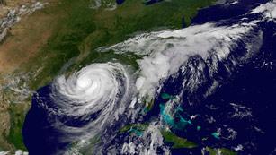 Ver vídeo  'El huracán Isaac se adentra en EE.UU.'