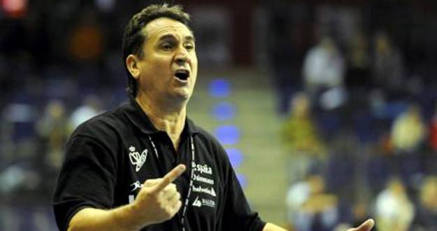 Seleccionador nacional de balonmano, Valero Rivera.