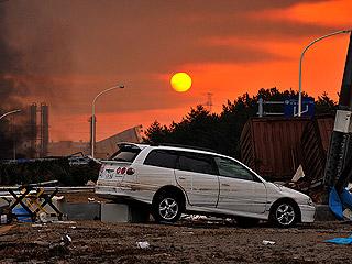 Ver v?deo  'Imágenes de videoaficionados del tsunami japonés'