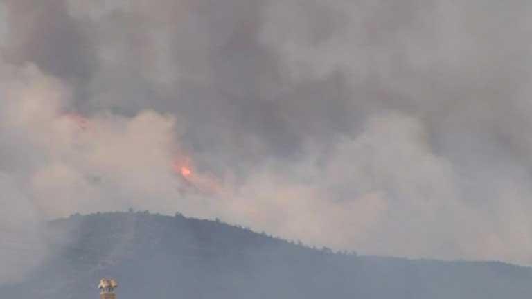 El incendio forestal de Rasquera sigue activo y ha arrasado 2.400 hectáreas