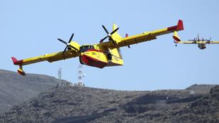 Ver vídeo  'El incendio de La Gomera sigue activo mientras en Tenerife se declara un nuevo incendio'