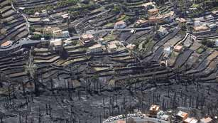 Ver vídeo  'El incendio de La Gomera sigue sin estar estabilizado, aunque avanza más lento'