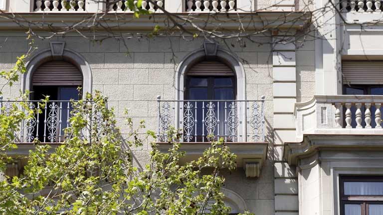 La Generalitat de Cataluña creará un impuesto para pisos vacíos