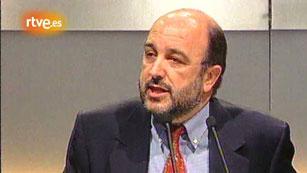 Ver vídeo  'Informe Semanal (1997): 34 Congreso PSOE, Almunia secretario general'