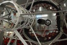 Cada uno de los 36 Hexágonos del espejo primario del Gran telescopio de Canarias pesa 470 kilos