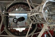 Detalle del espejo primario del Gran telescopio de Canarias, el más grande del mundo. Mide 10,4 metros de diametro y esta compuesto por 36 piezas hexagonales